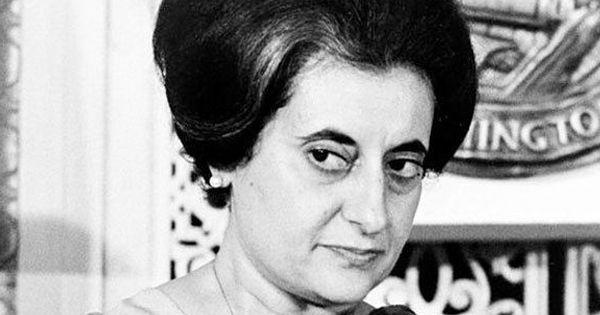 नई किताब में दावा - इंदिरा गांधी 1971 में पाकिस्तान पर कब्ज़ा करना चाहती थीं