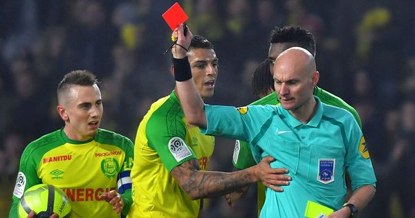 French Football Federation suspends referee who kicked player in Nantes versus PSG clash