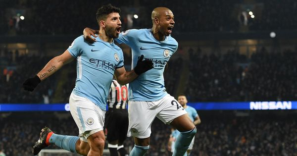 Premier League roundup: Aguero gets City back on track, Martial lifts United, Arsenal cruise