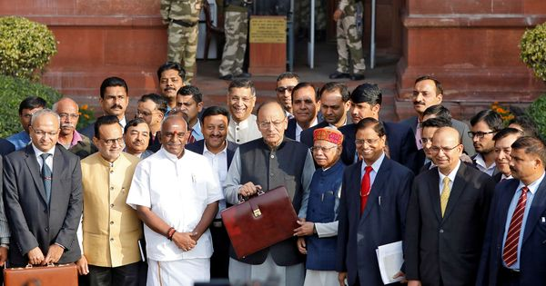 Arun Jaitley delivers Budget speech in Hinglish, draws criticism on Twitter