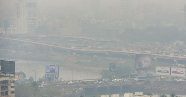 Haze engulfs Mumbai as air quality worsens
