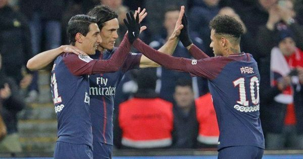 Cavani, Neymar score as PSG bounce back from Madrid defeat with thumping win over Strasbourg