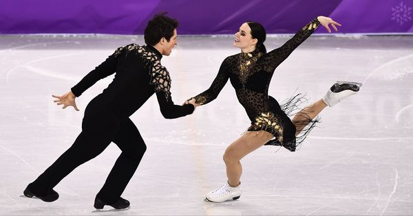 Canada's Virtue-Moir break world record, second-placed Papadakis suffers wardrobe malfunction