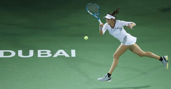 Muguruza eases past Garcia into Dubai Championships last-four, Kerber sets up Svitolina clash