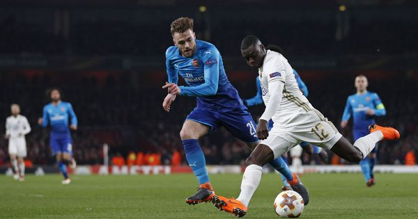 Europa League: Arsenal scrape through, Dortmund edge in, policeman dies in Bilbao clash