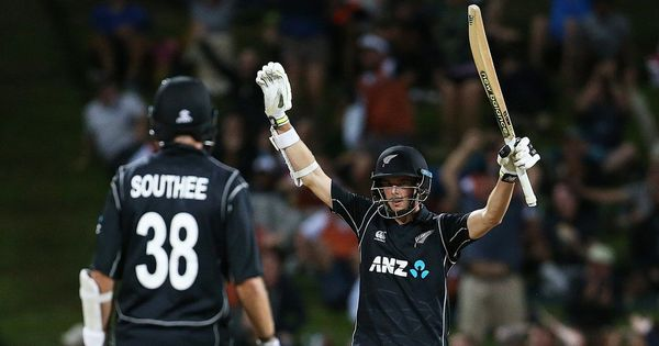 Ross Taylor, Mitchell Santner's heroics take New Zealand to three-wicket win over England