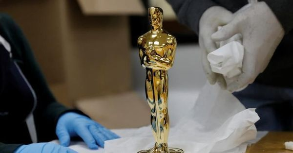 Video: A behind-the-scenes look at how Oscar statuettes are made
