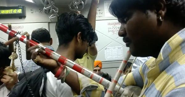 Watch: In a Mumbai local train, a musician paid tribute to Sridevi with a soaring medley
