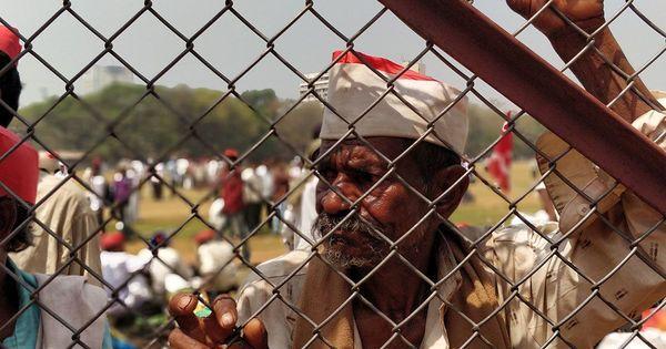 किसानों में आक्रोश को लेकर गांधी ने जो चेतावनी दी थी क्या आज हम उसी का सामना कर रहे हैं?
