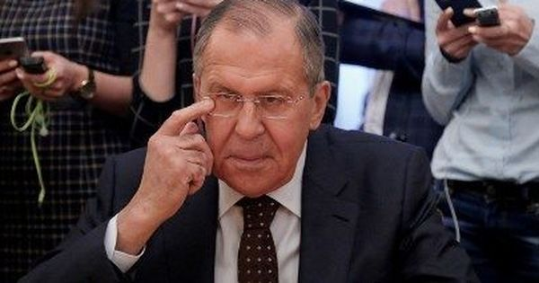 रूसी जासूस पर हमले को लेकर संकट गहराया, रूस ने भी ब्रिटेन के 23 राजनयिकों को निकाला