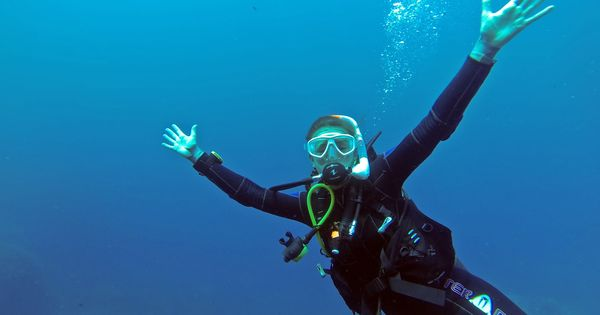 The strange science of free diving: We still don't understand how they go so deep without oxygen