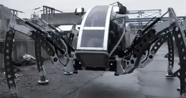 Watch: This spider-like robot walks on six legs, weighs two tons, and its name is Mantis