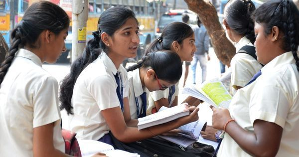 एनसीईआरटी की किताबों में अब गुजरात दंगे 'मुस्लिम विरोधी' नहीं रहे