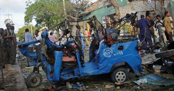 Somalia: At least 14 killed in an explosion outside Mogadishu hotel
