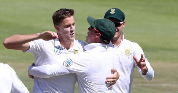 Morne Morkel checks into 300 club as South Africa dominate Australia in first Test
