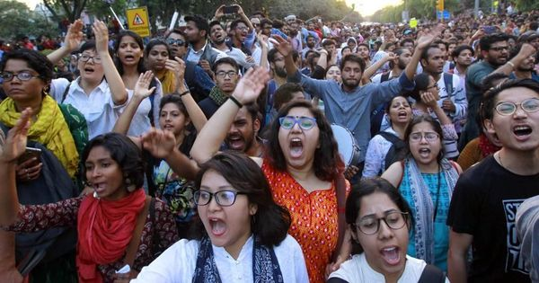 JNU protest: Delhi Police use Twitter to hunt down demonstrators