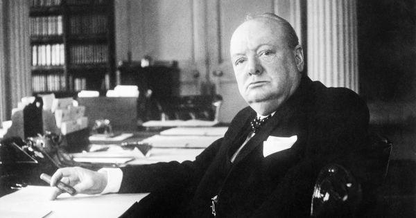 विंस्टन चर्चिल : दूसरे विश्वयुद्ध का सबसे बड़ा नायक जिसने पूरी दुनिया को हिटलर से बचाया