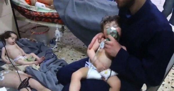 सीरिया : सरकारी और रूसी सुरक्षा बलों के हमलों में 10 बच्चों सहित 21 लोगों की मौत