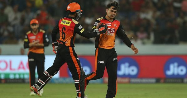 राशिद खान इस सीजन में कई बार अपनी दम पर हैदराबाद को मैच जितवा चुके हैं