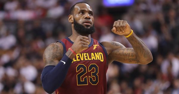 LeBron James reveals he played last three NBA final games with broken right hand