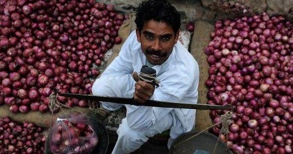 विरोध के बाद पाकिस्तान से प्याज मंगाने का फैसला बदला गया