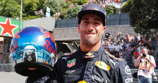 Monaco Grand Prix: Red Bull's Ricciardo romps to pole position, Verstappen crashes out