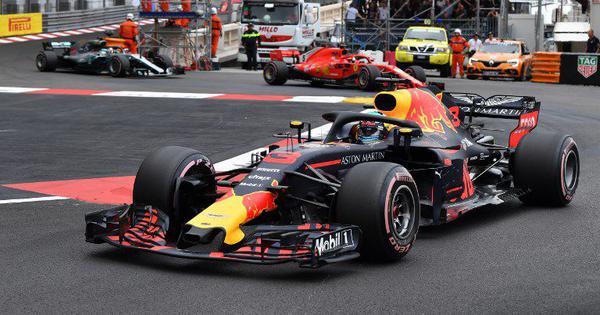 F1: Red Bull's Daniel Ricciardo wins Monaco GP despite electrical problems