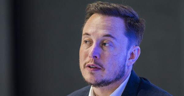 Tesla shares fall as senior executives resign, Elon Musk smokes marijuana during an interview