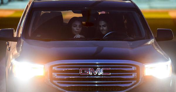 Saudi Arabia grants first driving licences to women