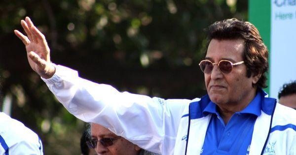 Actor Vinod Khanna dies in Mumbai
