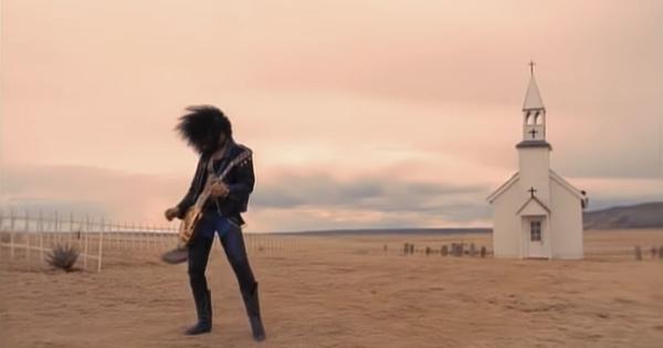 Guns N' Roses' timeless 'November Rain' video just got a record-setting one billion views on YouTube