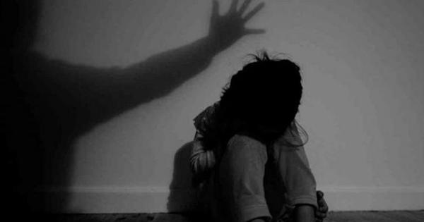 महाराष्ट्र : पुणे में बलात्कार की शिकार दो बच्चियों में से एक की इलाज के दौरान मौत
