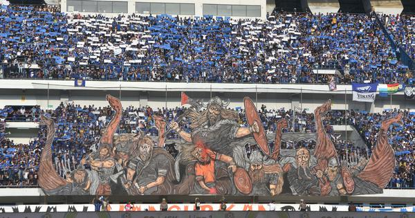 Indonesia suspends top football league after club supporters beat rival fan to death