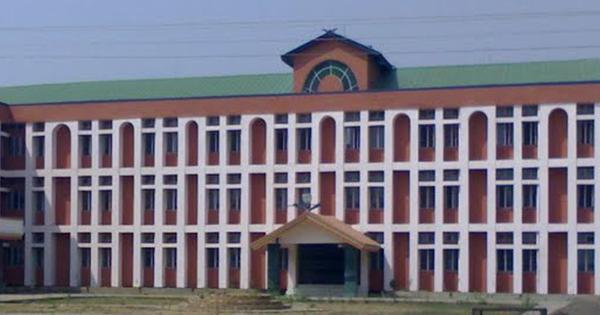Police carry out midnight raids at Manipur University