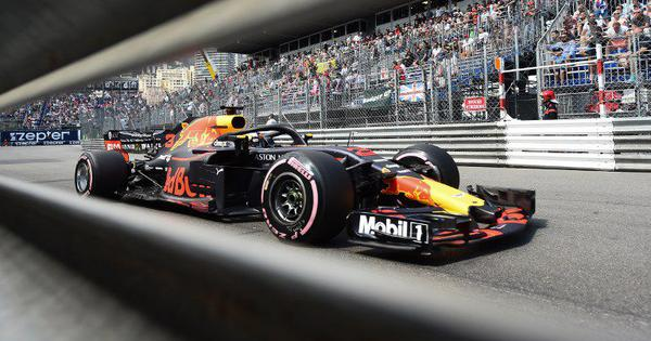 F1: Ricciardo breaks Monaco Grand Prix lap record as Red Bull dominate second practice