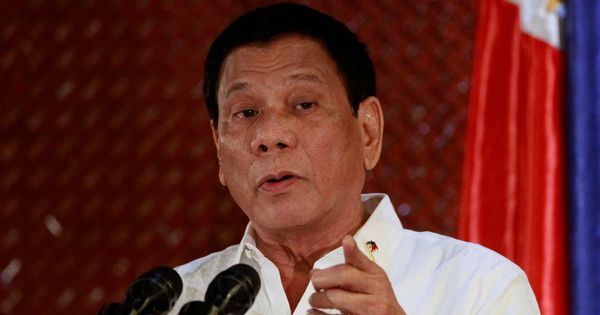 Philippines president tells Suu Kyi to ignore 'noisy activists' criticising her for Rohingya crisis