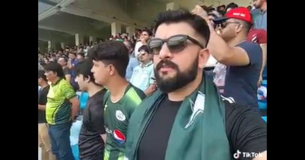 Watch: A Pakistani man singing the Indian national anthem at the Asia Cup is warming hearts online