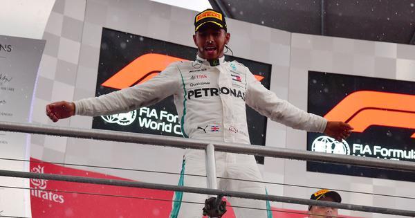German GP: Vettel crashes as Hamilton wins at Hockenheim to regain title lead