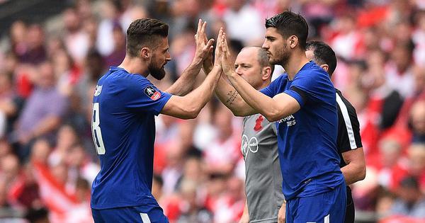 Giroud or Morata? Sarri faces tough choice ahead of Chelsea's derby against West Ham