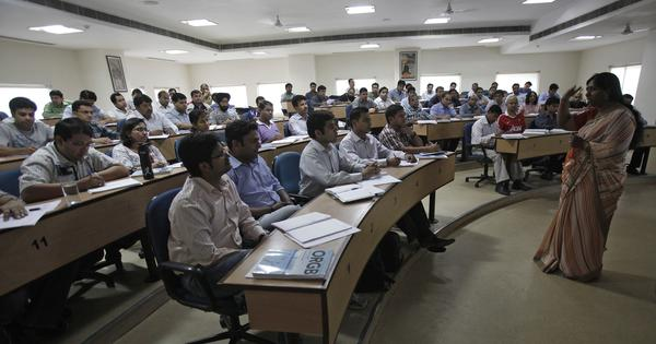 India's B-school graduates increasingly want to work for FMCG companies, finds a survey