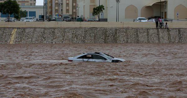 Cyclone Mekunu kills four in Oman, seven on Yemen's Socotra island