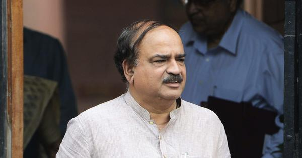 Union minister and BJP leader Ananth Kumar dies at 59, three days of mourning declared