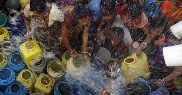 क्या दिल्ली में सच में पानी की कमी होनी चाहिए?