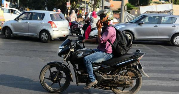 Kerala High Court says talking on phone while driving is not an offence