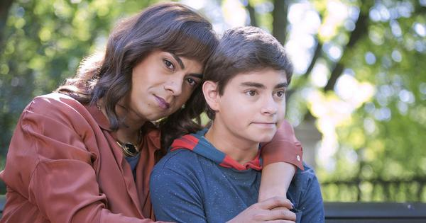 In indie comedy 'Venus', a transitioning woman runs into her teenage son