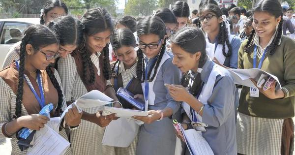DU unscheduled sixth cut-off list released, few seats still left but most colleges close admissions