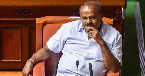 Karnataka: Chief Minister Kumaraswamy announces reduction of Rs 2 in cess on petrol and diesel