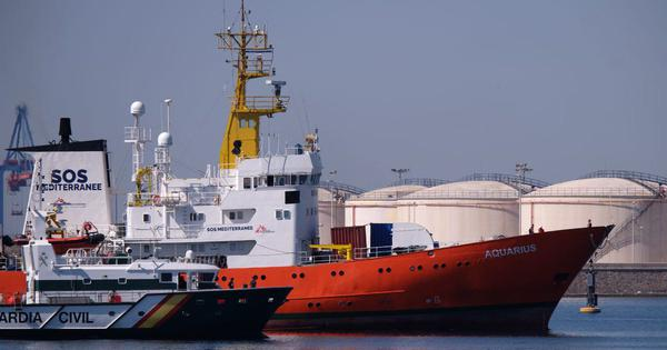 Rescue vessel Aquarius arrives in Spain a week after Italy refuses entry to over 600 refugees