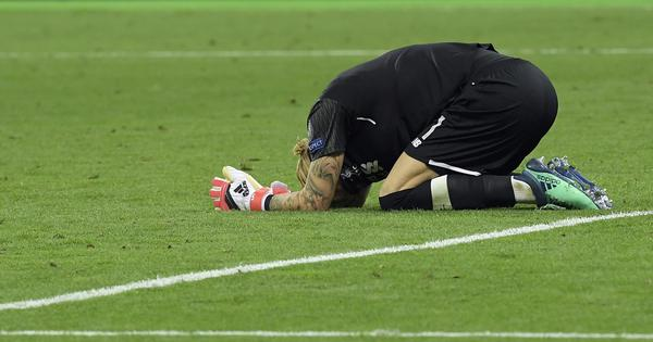 Liverpool police investigating death threats to Loris Karius after Champions League final errors