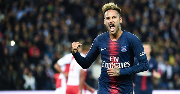 Neymar charged, faces ban for referee rant in PSG's Champions League loss to Manchester United
